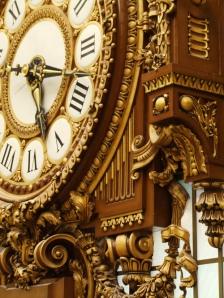 horloge ancienne, dorée lylouanne tumblr