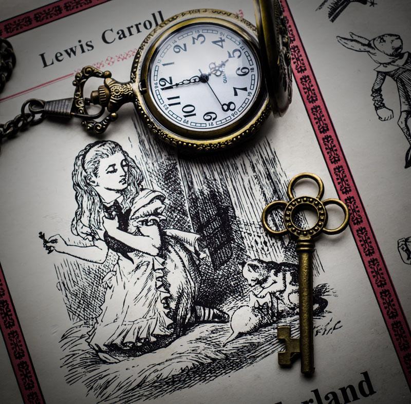 Balade du mercredi avec les horloges du temps les lectures d 39 asphod l - Montre alice au pays des merveilles ...