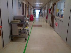 hôpital couloir rhumato
