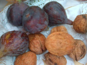 Les figues ne sont pas de mon jardin mais les noix, oui !