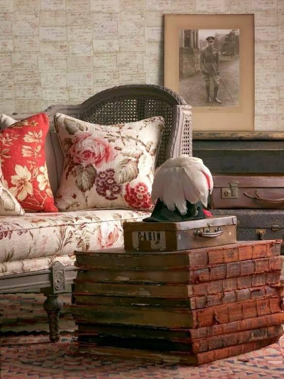 livres anciens en table sofa anglais ana-rosa