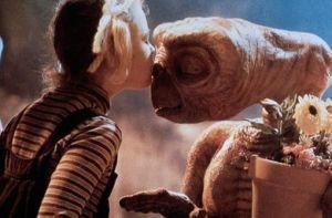 ET et Drew barrymore
