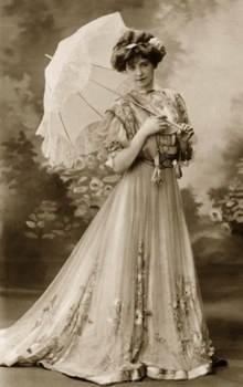 femme ombrelle 1900