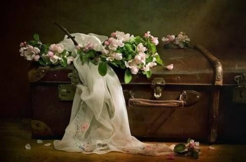 valise linge fleurs fillingthesoulwithbeaty