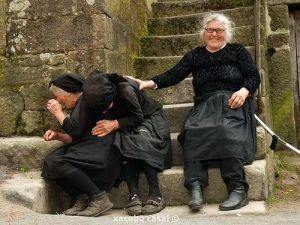 Plumes quand nous serons bien vieilles ma syl en Corse avec un coup deans le nez !