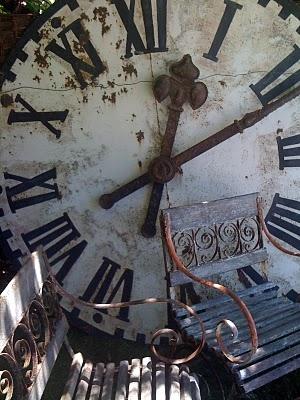 horloge rouillée lylouanne tmb