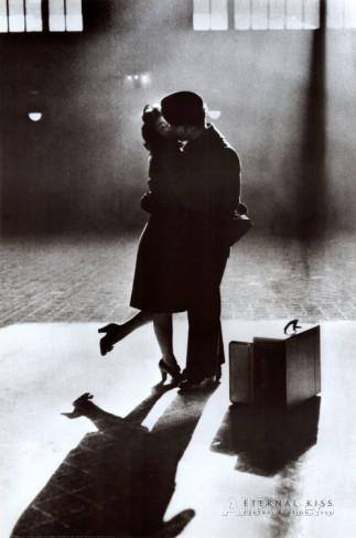 a bouche baiser amoureux quai de gare