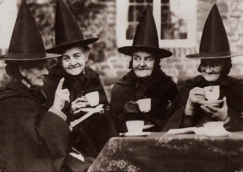 sorcières pour sorcières lisent trop drôles les mamys