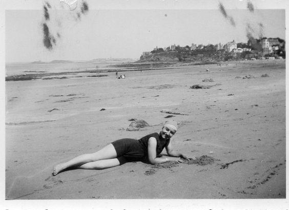 a joubert femme sable plage