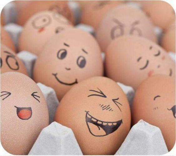 a Pâques oeufs qui rient !