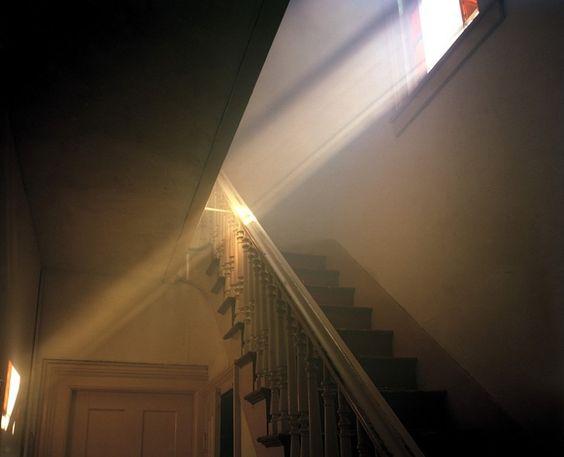a poésie rayons soleil dans maison