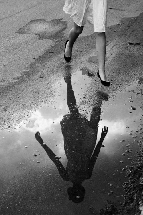 a Desnos reflet de femme