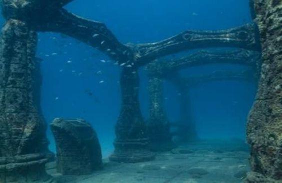 a-bateau-chateau-comme-ces-anciens-palais