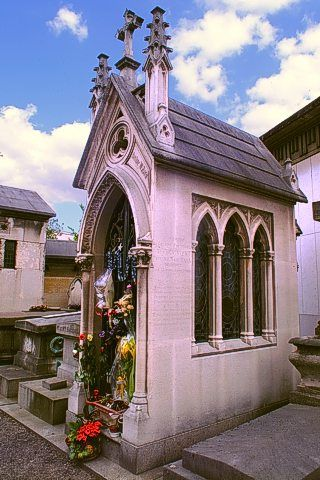 a-vivien-tombe-chapelle-a-passy
